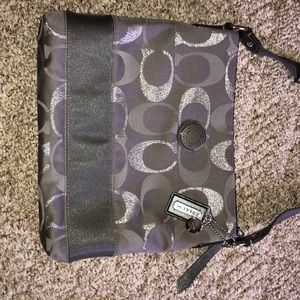 Coach Cross Body - Large